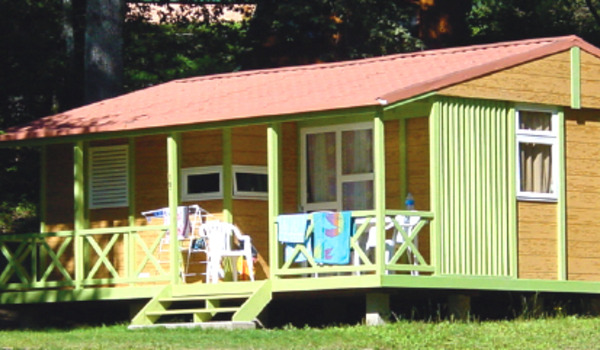 Chalet CLASS 3 Camping le Garoustel Cantal